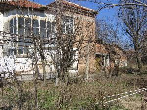 Houses for sale in<br /> Bulgaria in Karavelovo in Bulgaria